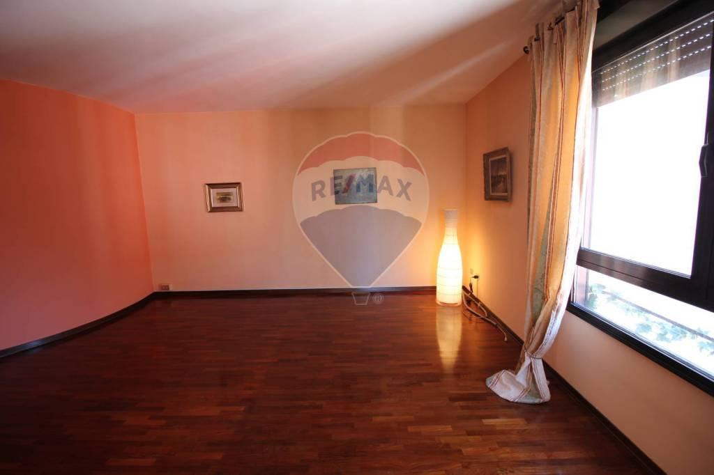 Foto 1 di Quadrilocale viale San Lazzaro 118, Vicenza