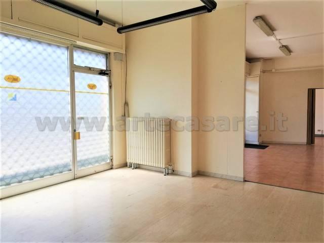 Negozio / Locale in affitto a Arconate, 2 locali, prezzo € 450 | PortaleAgenzieImmobiliari.it