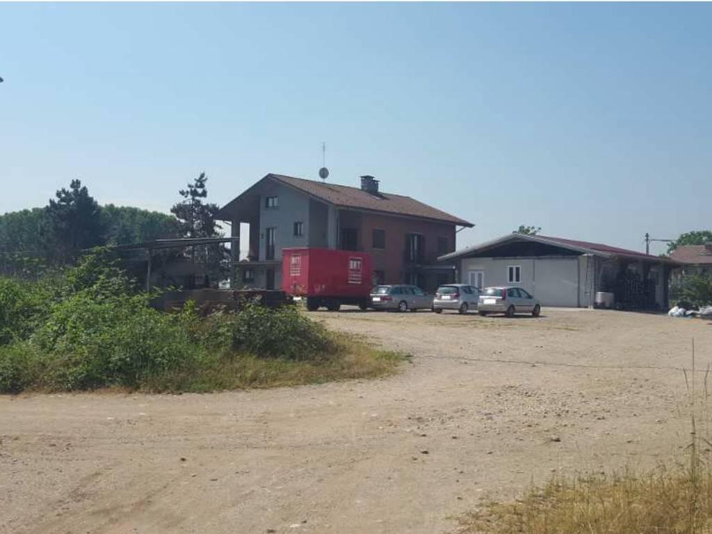 Attività / Licenza in vendita a Castagnole Piemonte, 6 locali, prezzo € 310.000 | PortaleAgenzieImmobiliari.it