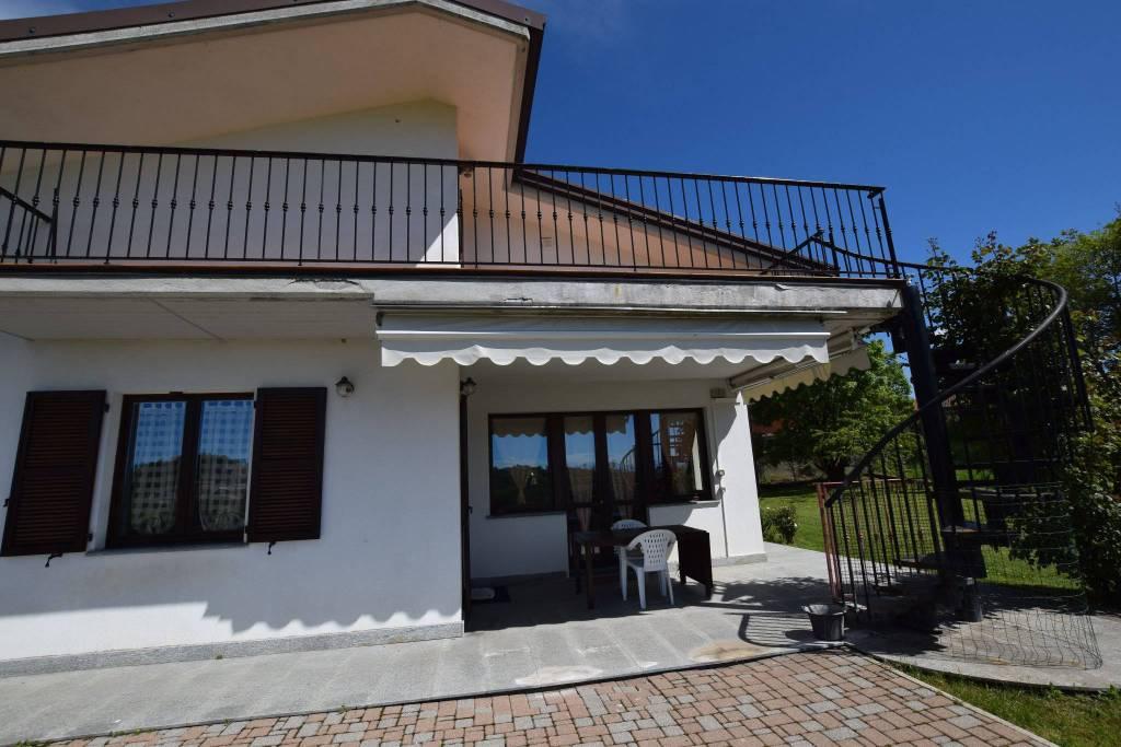 Foto 1 di Villa via del Poggio, Vicoforte