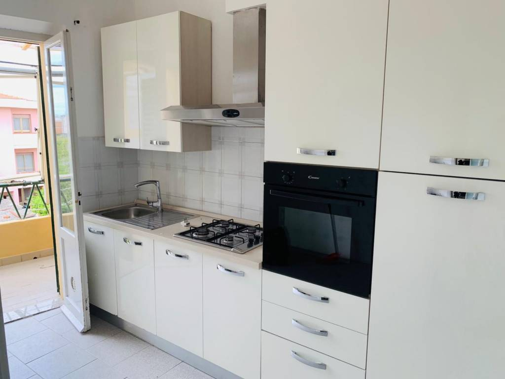 Appartamento in Affitto a Pisa Periferia Sud: 4 locali, 65 mq