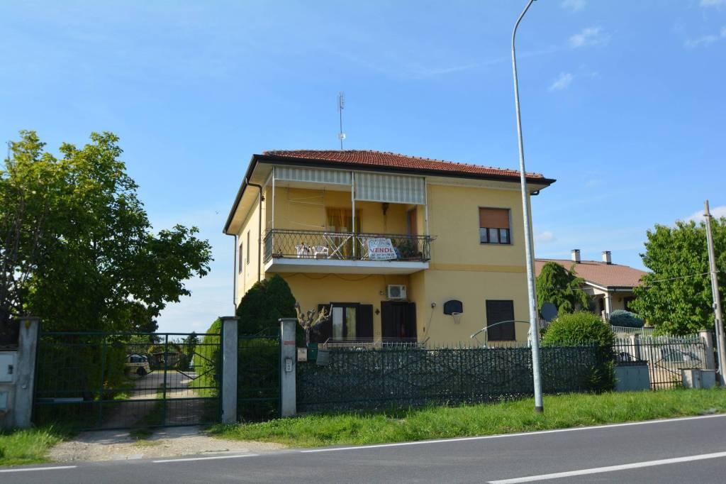 Foto 1 di Quadrilocale via del Porto 431, frazione Motta, Carmagnola