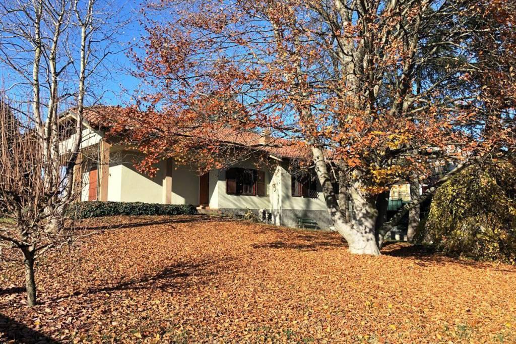Villa in vendita a Santena, 6 locali, prezzo € 300.000 | PortaleAgenzieImmobiliari.it