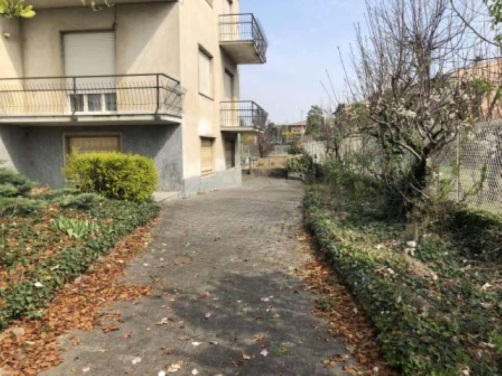 Appartamento in vendita a Gerenzano, 5 locali, prezzo € 189.000 | CambioCasa.it