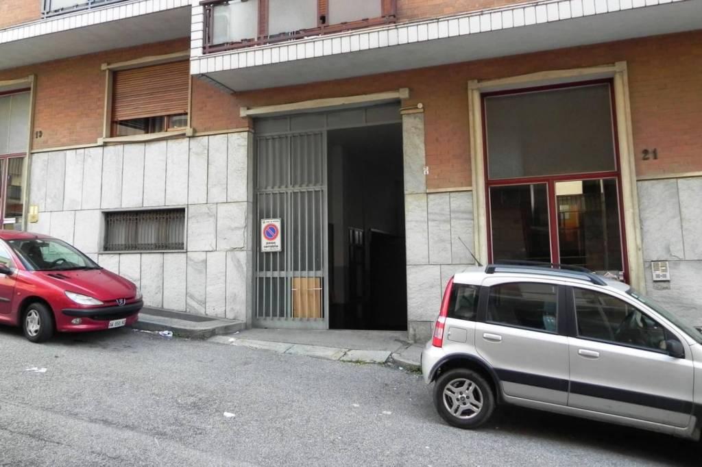 Magazzino in vendita a Rivoli, 2 locali, prezzo € 168.000   CambioCasa.it