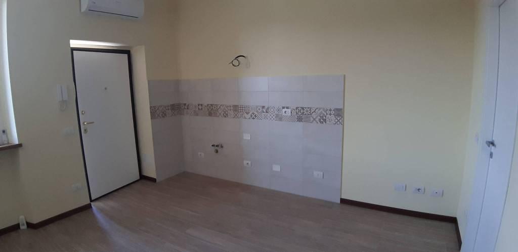 Appartamento in vendita a Segrate, 2 locali, prezzo € 99.000 | CambioCasa.it
