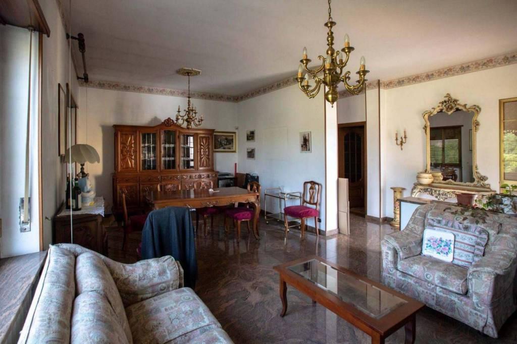 Foto 1 di Villa strada Tetti Grella, Vinovo