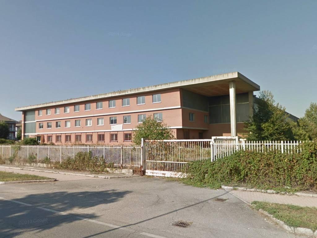 Capannone in vendita a Leini, 6 locali, prezzo € 550.000 | PortaleAgenzieImmobiliari.it