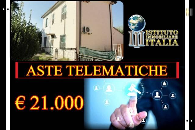 Foto 1 di Casa indipendente Portomaggiore