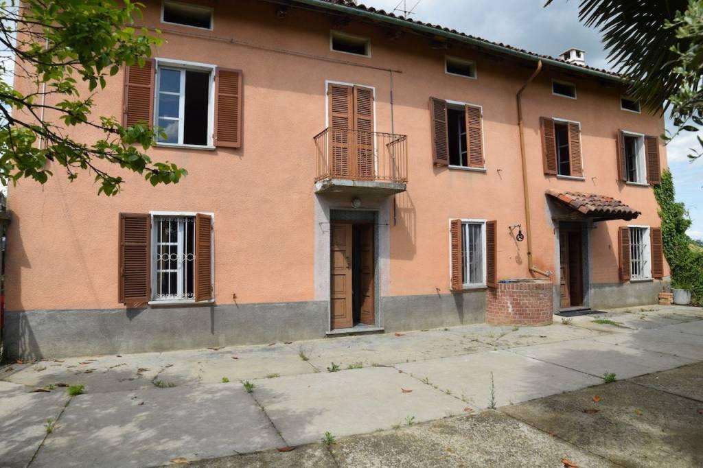 Foto 1 di Villa via San Carlo, frazione San Carlo, Rocca D'arazzo