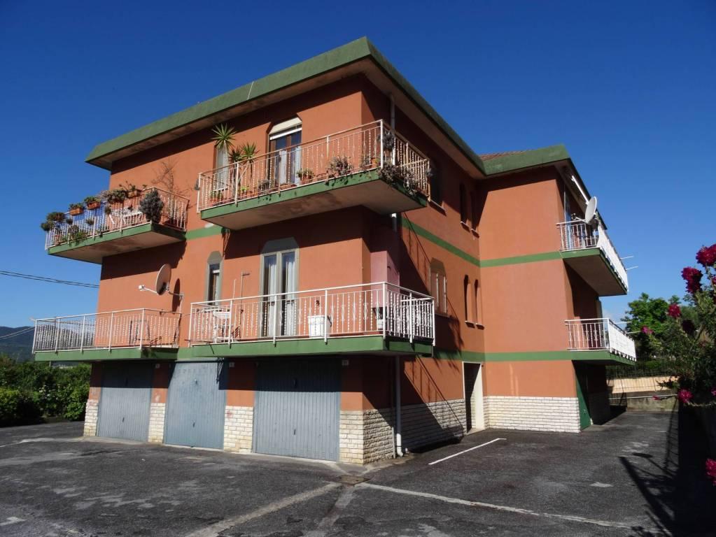 Foto 1 di Bilocale Frazione Coasco 97, Villanova D'albenga
