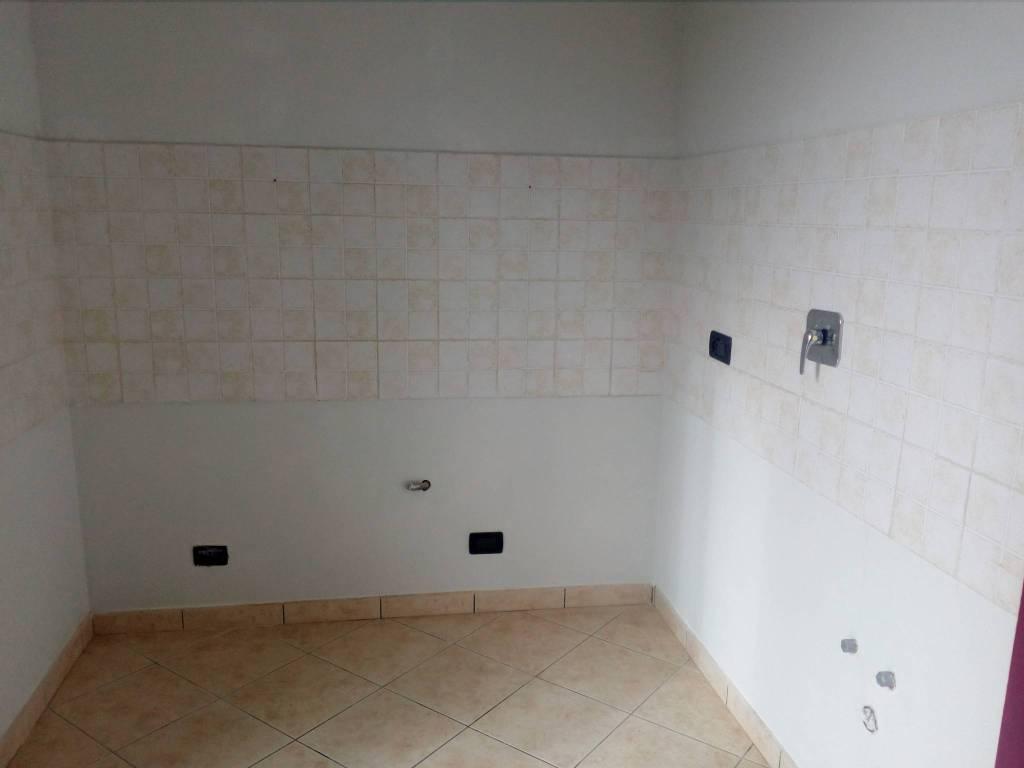 Foto 1 di Trilocale via Cernaia, Piobesi Torinese