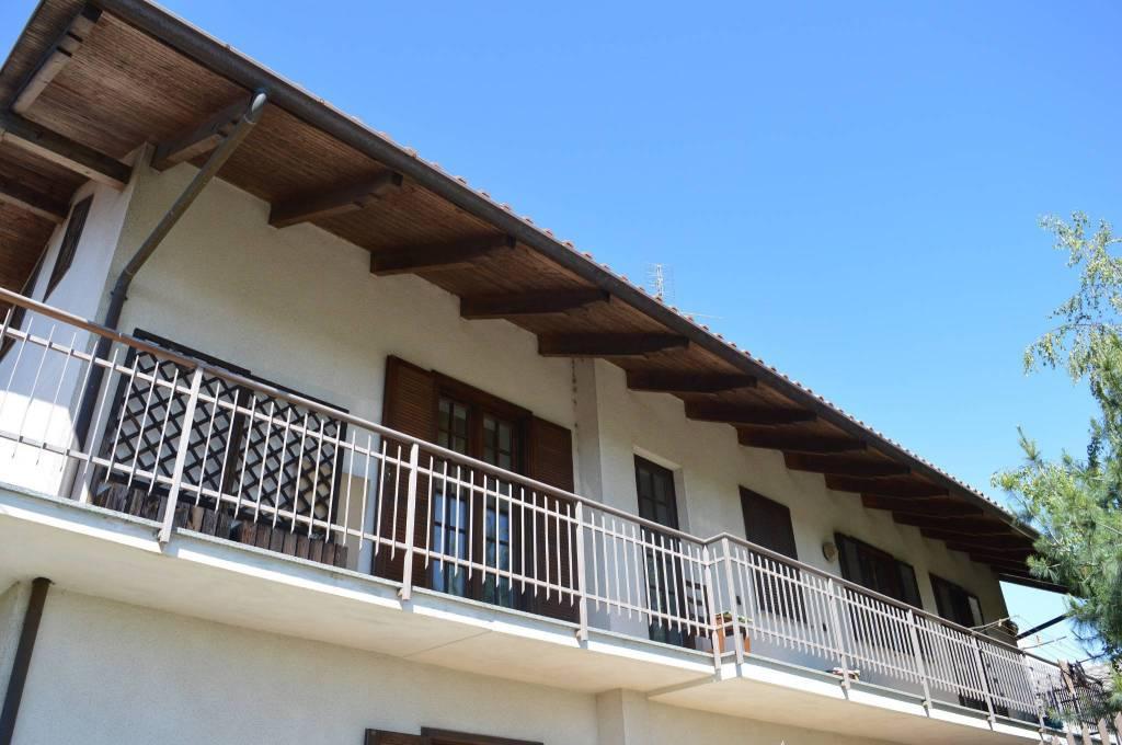 Foto 1 di Quadrilocale vicolo Solferino 17, Buttigliera Alta