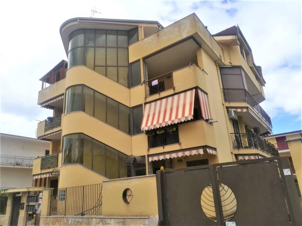 Appartamento in vendita via Vincenzo Cuoco Acerra