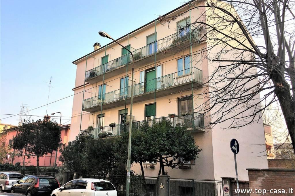 Foto 1 di Quadrilocale via Santa Caterina da Siena, Ferrara