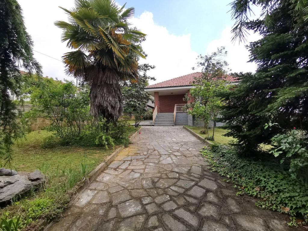 Villa in vendita a Montà, 5 locali, prezzo € 159.000 | CambioCasa.it