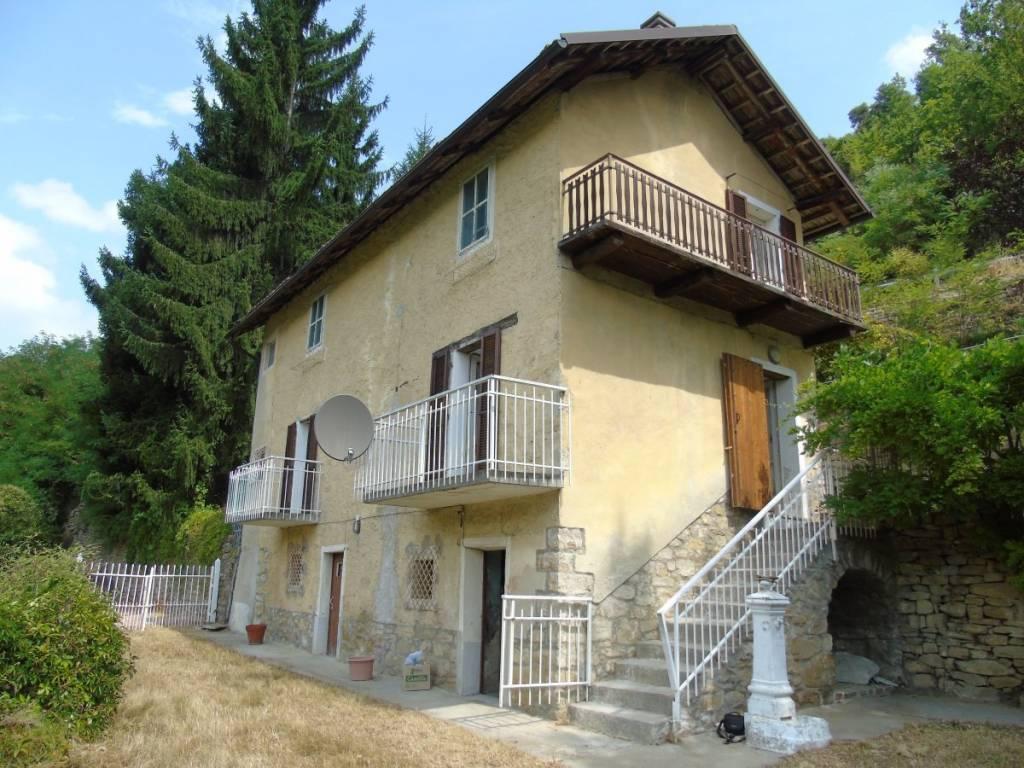 Foto 1 di Rustico / Casale via Cravanzana, Torre Bormida