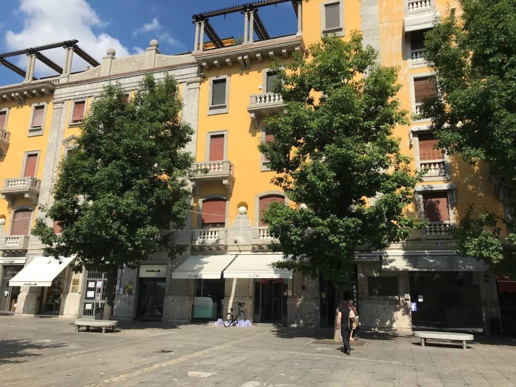 Negozio / Locale in vendita a Magenta, 6 locali, prezzo € 800.000 | PortaleAgenzieImmobiliari.it