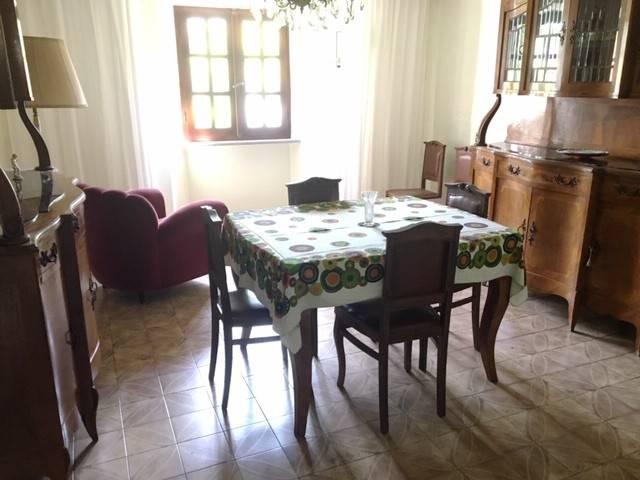 Foto 1 di Casa indipendente via Martellono 8, Issiglio