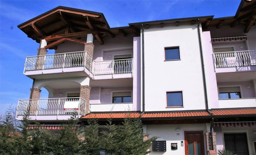 Foto 1 di Quadrilocale Cantone Carasso, Ivrea