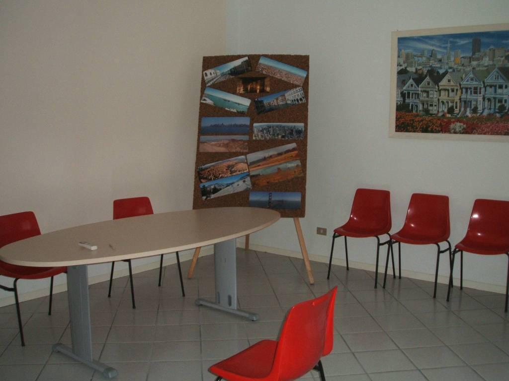 Ufficio / Studio in affitto a Alessandria, 4 locali, prezzo € 600 | PortaleAgenzieImmobiliari.it