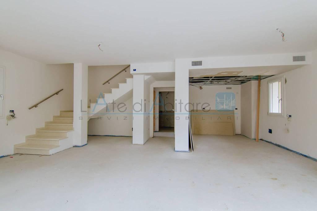 Appartamento in vendita a Ponte San Nicolò, 5 locali, prezzo € 250.000 | PortaleAgenzieImmobiliari.it