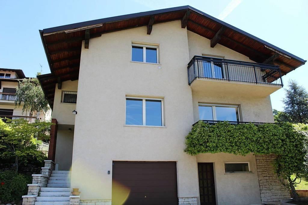 Villa in vendita a Lavis, 9 locali, prezzo € 570.000 | CambioCasa.it