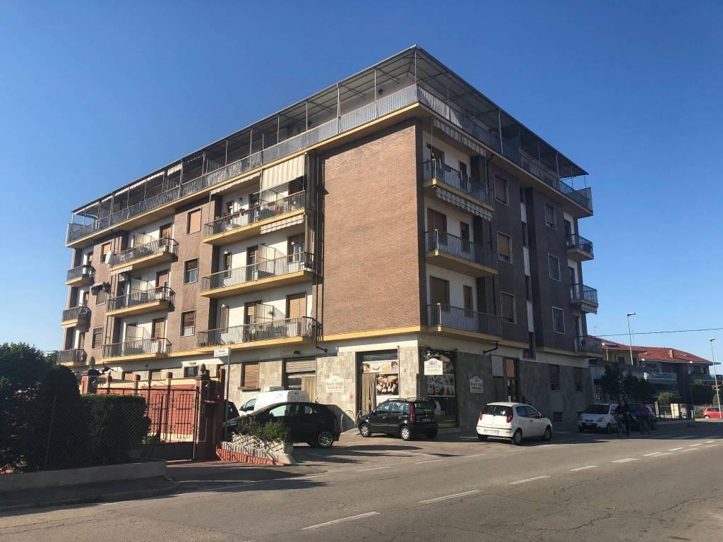 Foto 1 di Trilocale via Torino, None