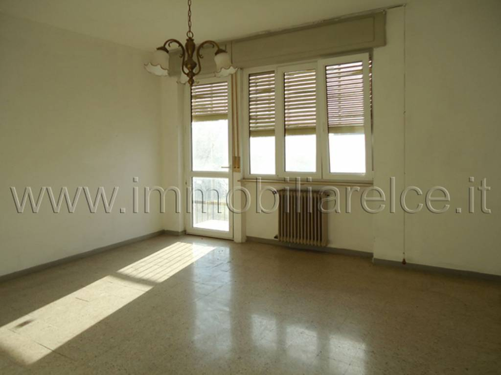 Appartamento da ristrutturare in vendita Rif. 8845390
