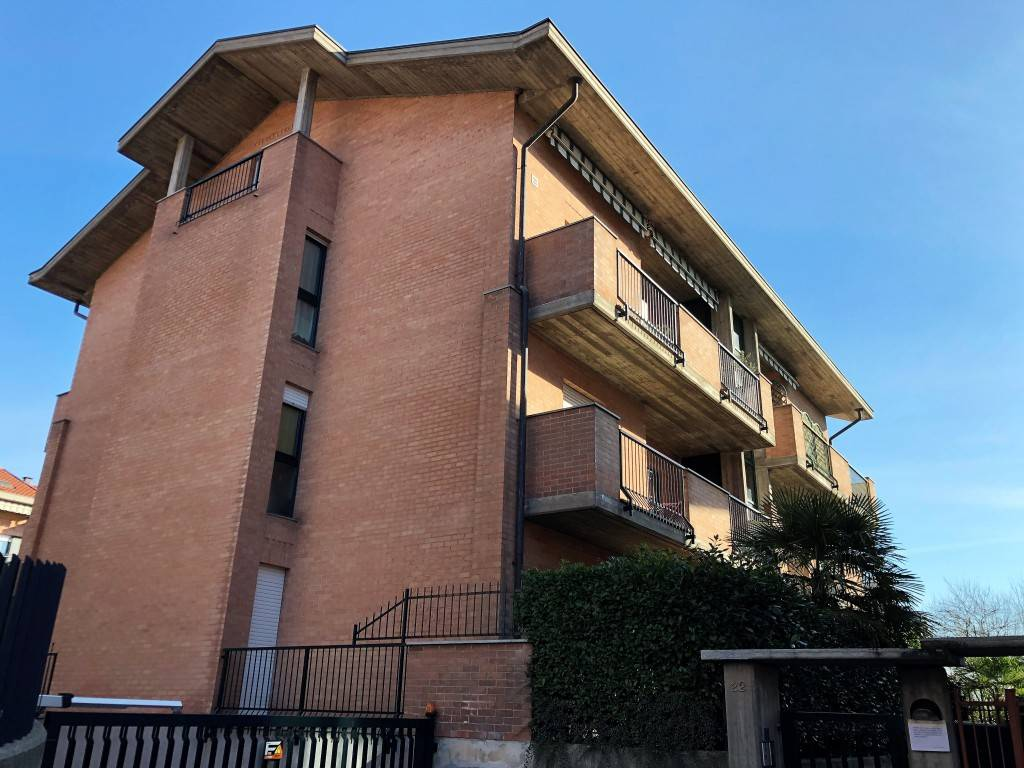 Appartamento in vendita a San Secondo di Pinerolo, 4 locali, prezzo € 93.000 | CambioCasa.it