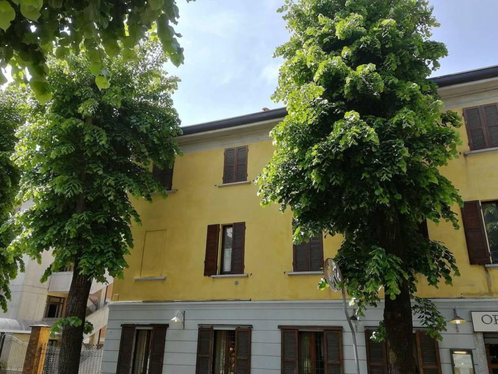 Appartamento in vendita a Tradate, 5 locali, prezzo € 119.000 | CambioCasa.it