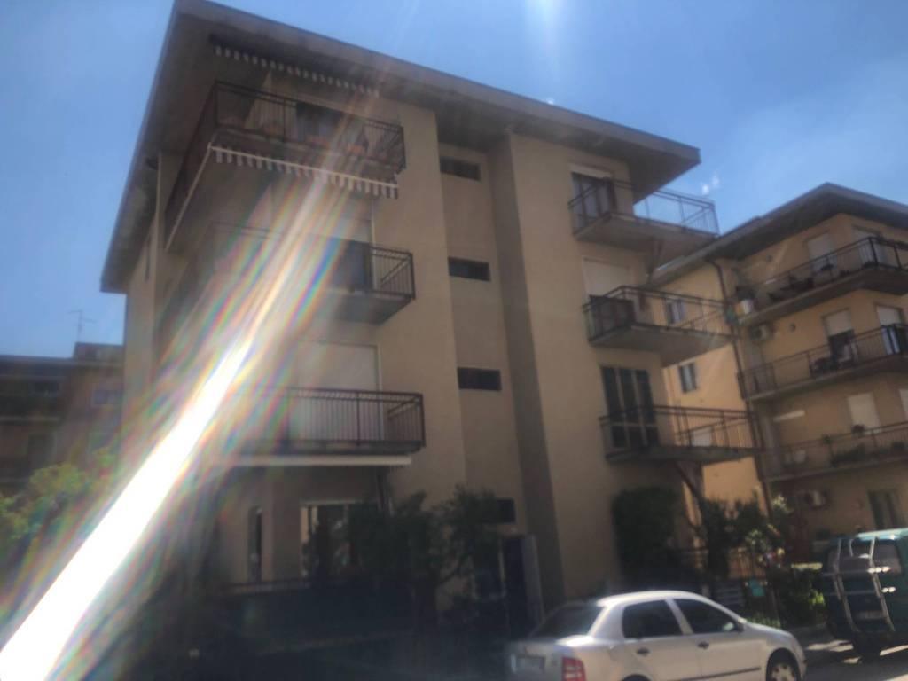 Foto 1 di Trilocale via Messina, Verona (zona Borgo Milano - Chievo - Saval)