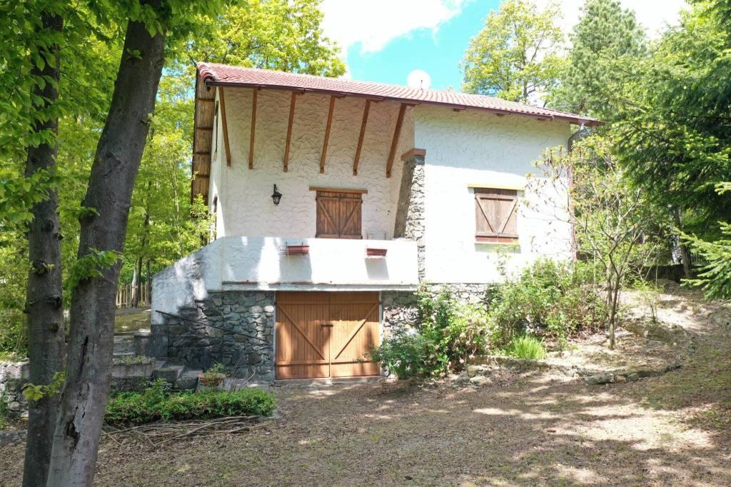 Foto 1 di Villa via Cascinetta, Pontinvrea