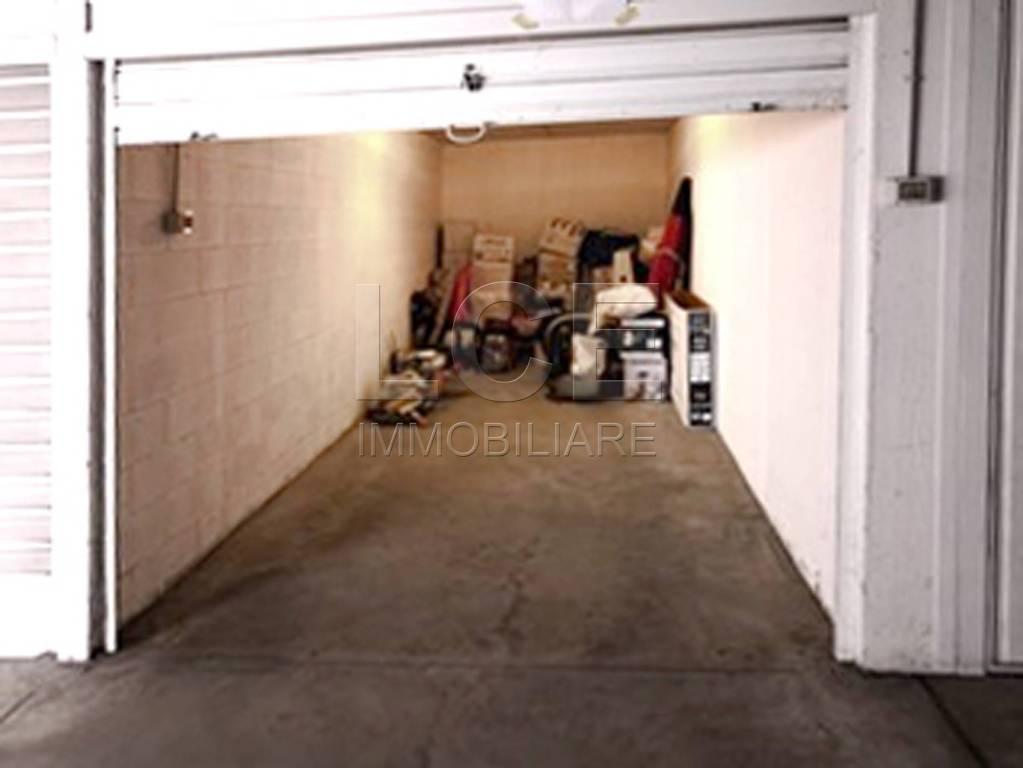 Box e posti auto in vendita Rif. 8675342