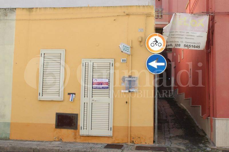 Ufficio-studio in Affitto a Sannicola Centro: 1 locali, 14 mq