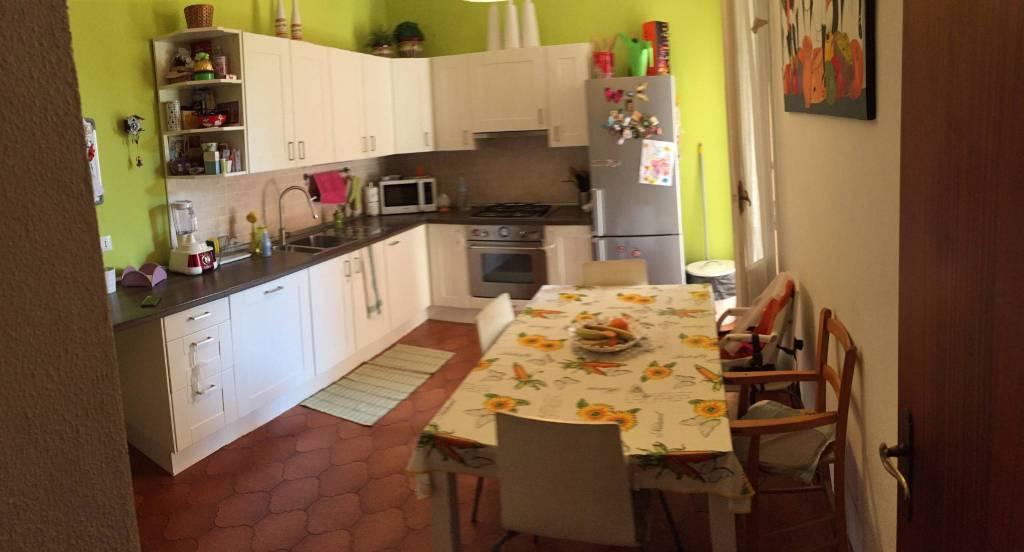 Appartamento in Vendita a Ravenna Semicentro: 4 locali, 99 mq