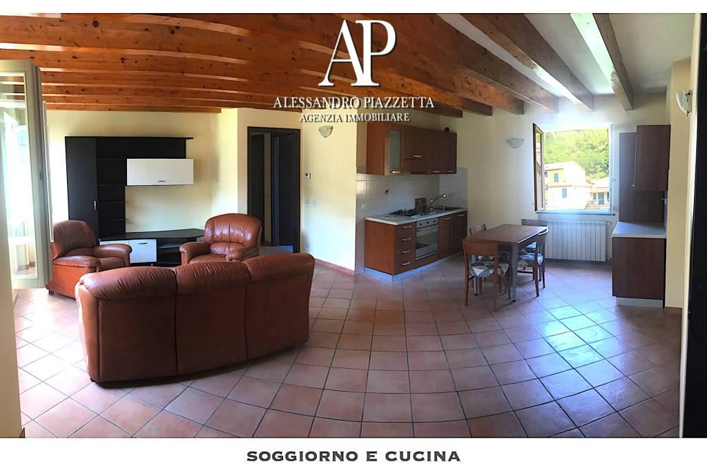 Foto 1 di Appartamento via Genova 24, Cicagna