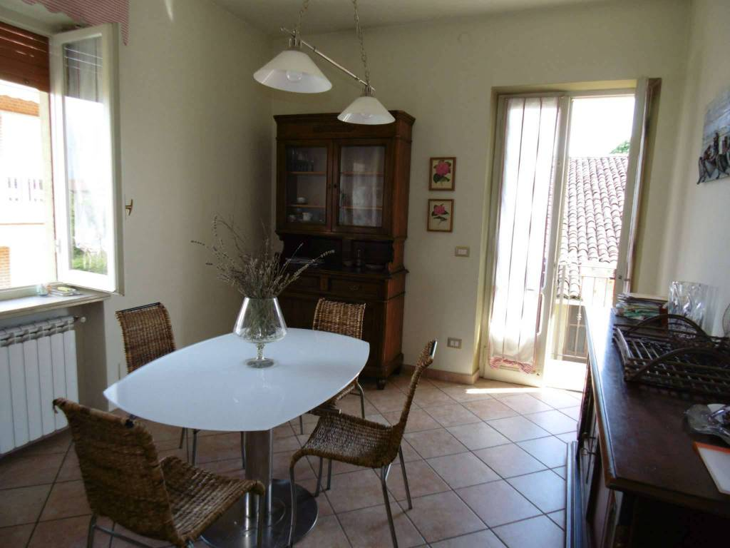 Soluzione Indipendente in affitto a Rivalta di Torino, 4 locali, prezzo € 600   PortaleAgenzieImmobiliari.it