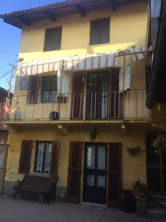 Foto 1 di Casa indipendente piazza Fornace 12, Montaldo Torinese