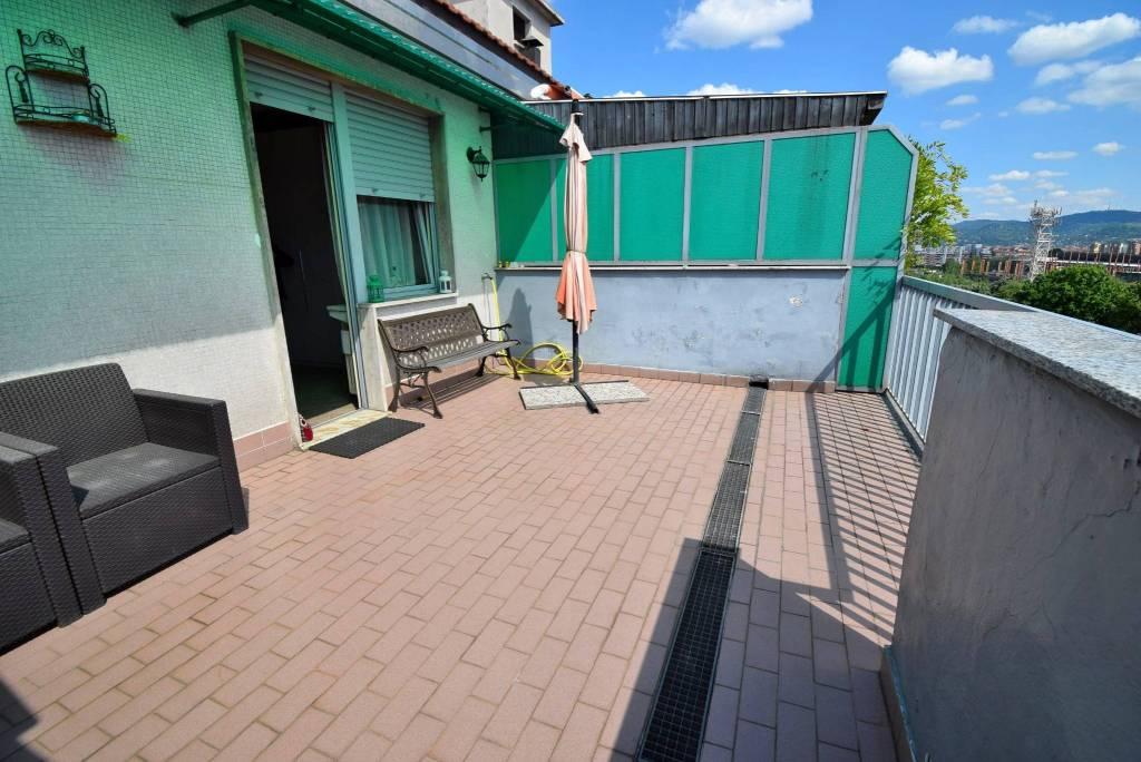 Foto 1 di Bilocale corso Toscana 30, Torino (zona Lucento, Vallette)
