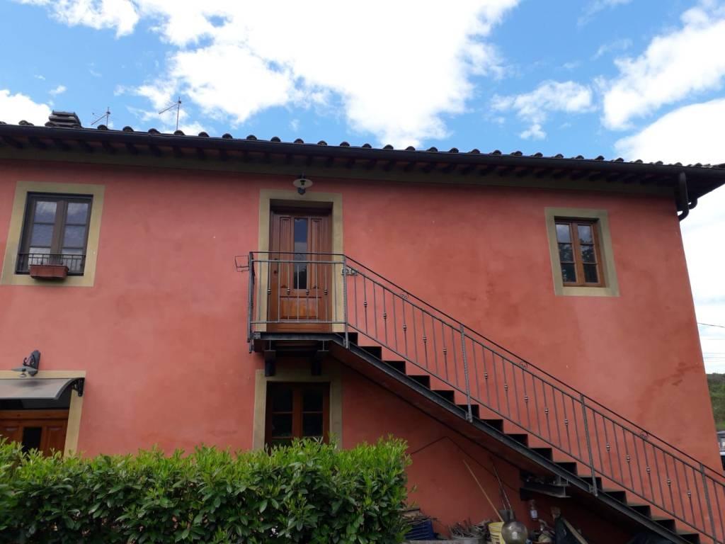 Foto 1 di Rustico / Casale Lungarno Guido Reni, San Giovanni Valdarno