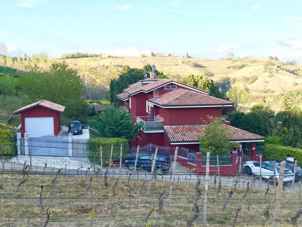 Foto 1 di Villa Regione Bassano, Canelli