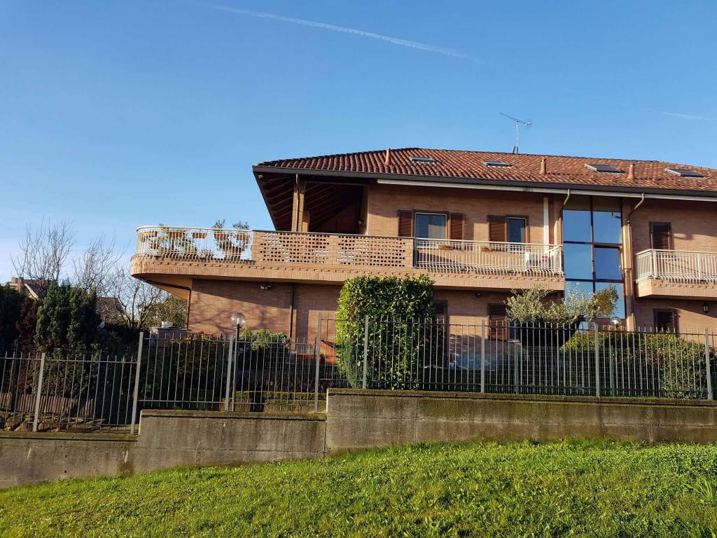 Appartamento in vendita a Pianezza, 3 locali, prezzo € 250.000 | CambioCasa.it