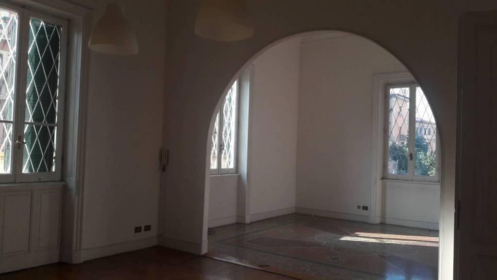 Ufficio / Studio in affitto a Roma, 6 locali, zona Zona: 2 . Flaminio, Parioli, Pinciano, Villa Borghese, prezzo € 2.350 | CambioCasa.it