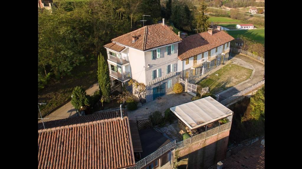 Foto 1 di Casa indipendente via Re Umberto, Baldichieri D'asti