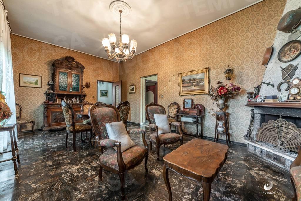 Foto 1 di Villa via Giacomo Matteotti 22, frazione Funo, Argelato