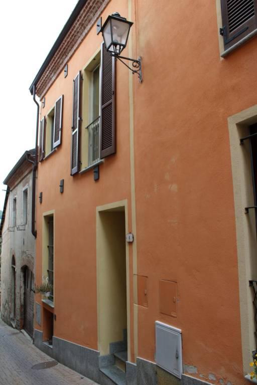 Foto 1 di Casa indipendente via Camillo Benso di Cavour 6, Sinio