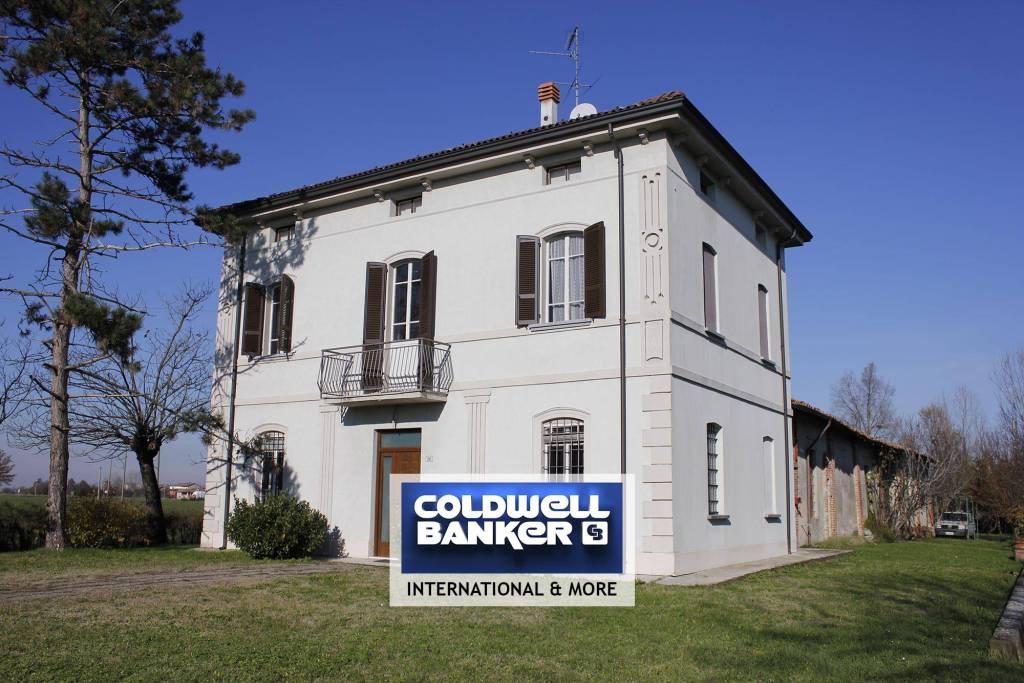 Foto 1 di Villa via Repubblica 90, Villanova Sull'arda