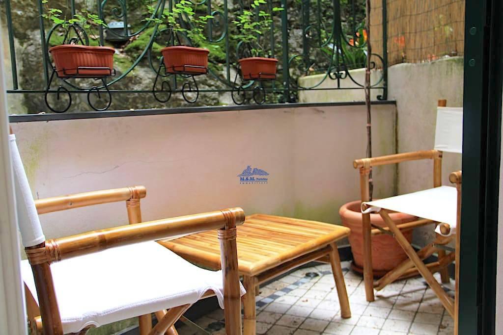 Appartamento in ottime condizioni arredato in vendita Rif. 6334331