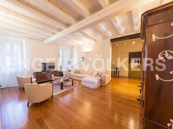 Foto 1 di Appartamento piazza San Domenico 2, Casale Monferrato